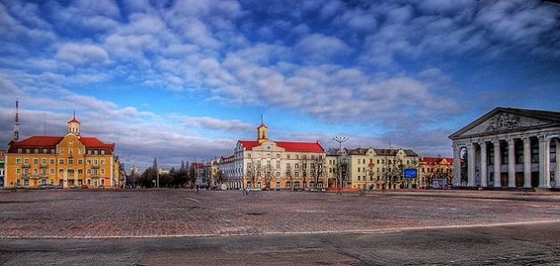 Центральна площа Чернігова